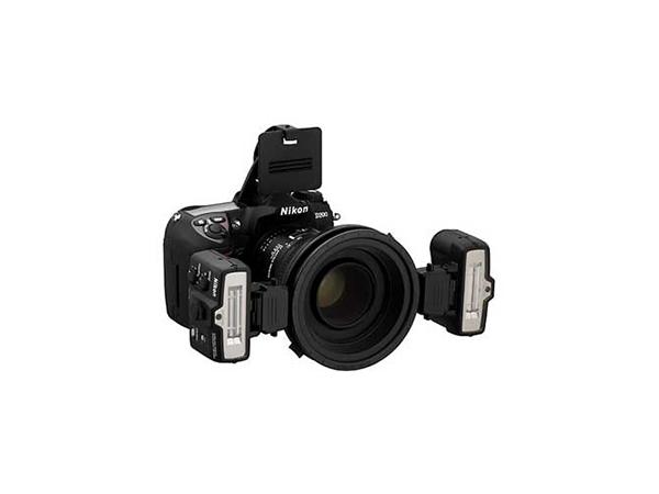 Nikon SB-R200 Speedlight Remote Kit R1