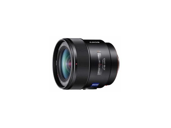 Sony 24mm F/2 ZA SSM Distagon T (Alpha)