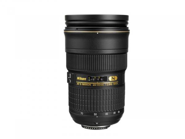 Nikon 24-70 f/2.8 AF-S ED S/H